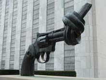 UN Twisted Gun