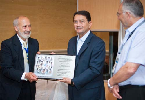 IIPT Breakfast_plaque presentation