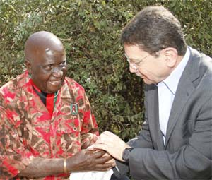 Dr. Taleb Rifai and Kenneth Kaunda_IIPT Peace Park