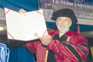 Louis D'Amore recieving doctorate degree - LIUTEBM university