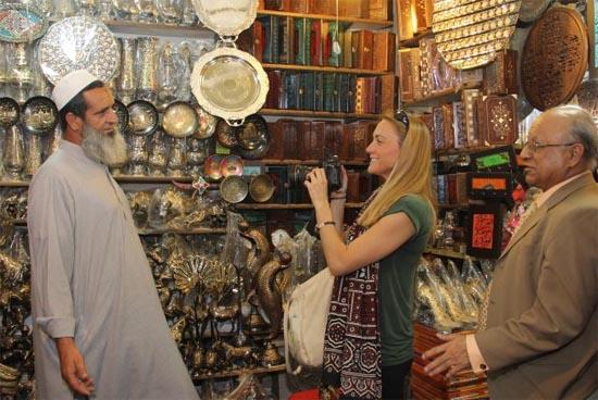 Cassie shopping in Pakistan
